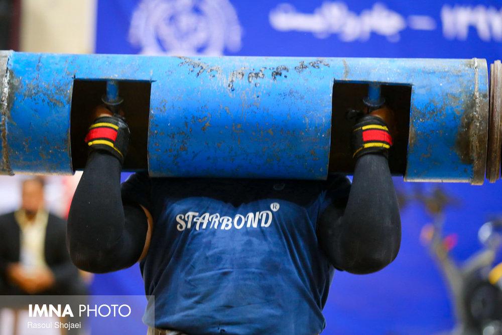 ورزشکار شهرضایی قویترین مرد استان شناخته شد