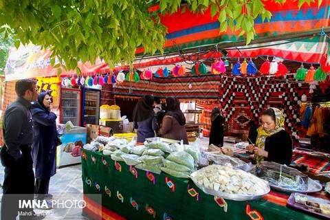 افتتاحیه نمایشگاه ملی صنایع دستی در اصفهان