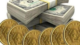 کاهش نسبی نرخ سکه و ارز در اولین روز از هفته