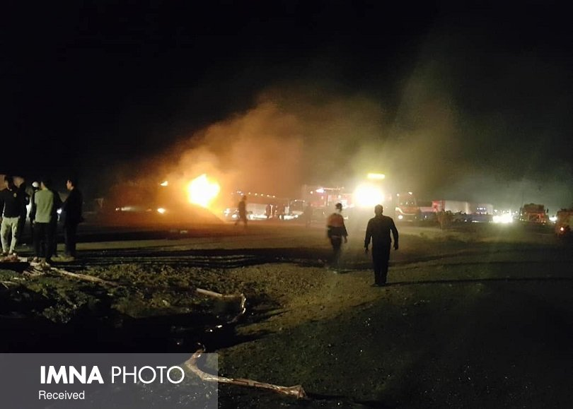 واژگونی یک دستگاه مینیبوس در محور شاهینشهر به اصفهان