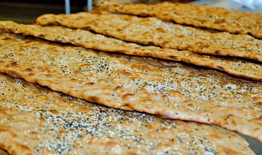 قیمت نان با افزودنی مجاز توسط کارگروه استانی ساماندهی نان تعیین میشود