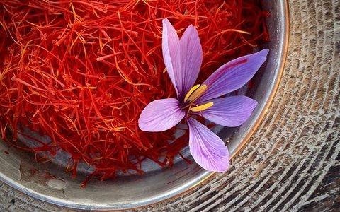 فواید زعفران برای سلامتی/ویتامینهایی برای جلوگیری از ریزش مو