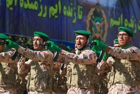 رژه نیروهای مسلح به مناسبت هفته دفاع مقدس