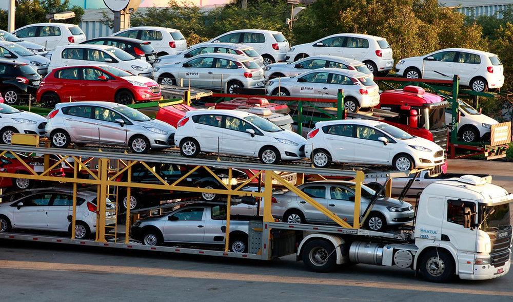 چگونه باوجود ممنوعیت واردات، خودروی خارجی ۲۰۱۹ عرضه میشود؟