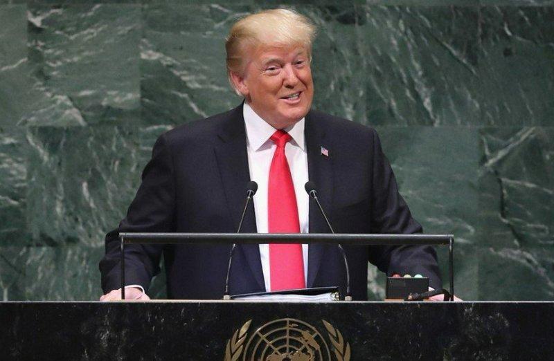 ترامپ: ما گرفتار ویروس نامرئی چین هستیم