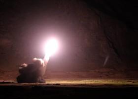 ۷ پهپاد و ۶ موشک سپاه مقر تروریستها را بمباران کرد