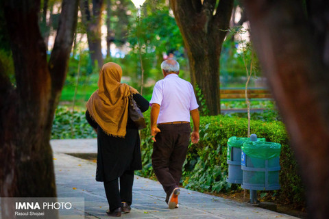 سالمندان را با واقعیتهای کرونا آشنا کنیم