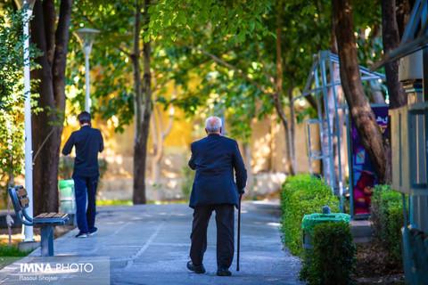 بیشترین و کمترین سالمندان در کدام استان های کشور هستند؟
