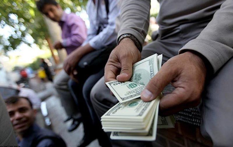 امکان کاهش قیمت دلار تا ۷هزار تومان