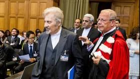 رأی دادگاه لاهه ممکن است ایران و آمریکا را پای میز مذاکره بکشاند