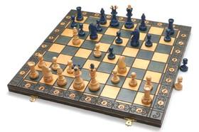 بازی اقتصادی به نام تلاطم بازار/ به استراتژی همکاری نیاز است