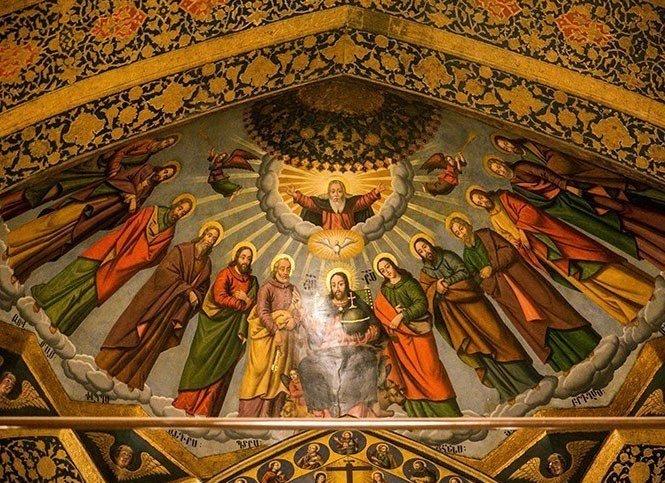 تاریخ کاتولیک پشت درهای بسته کلیسا
