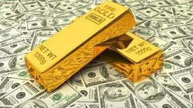 افزایش چشمگیر ارزش دلار نتوانست افت شدید قیمت طلا را رقم بزند