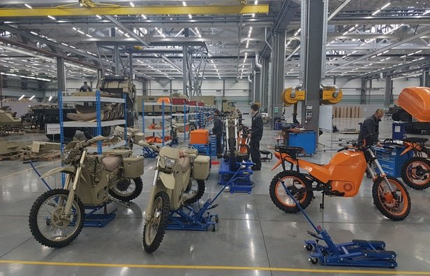 Iran's first and largest electric motorcycle factory in Isfahan