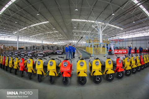 افتتاح نخستین خط تولید و شمارهگذاری انبوه موتورسیکلتهای برقی
