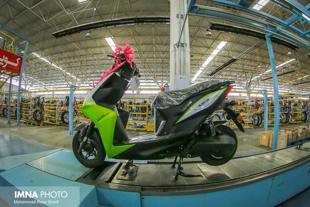 پلیس موانع تولید موتورسیکلتهای برقی را برمی دارد