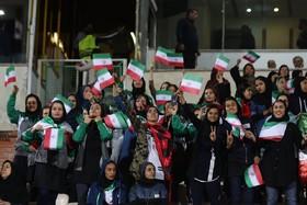 واکنش قلعه نویی به حضور بانوان در ورزشگاه آزادی
