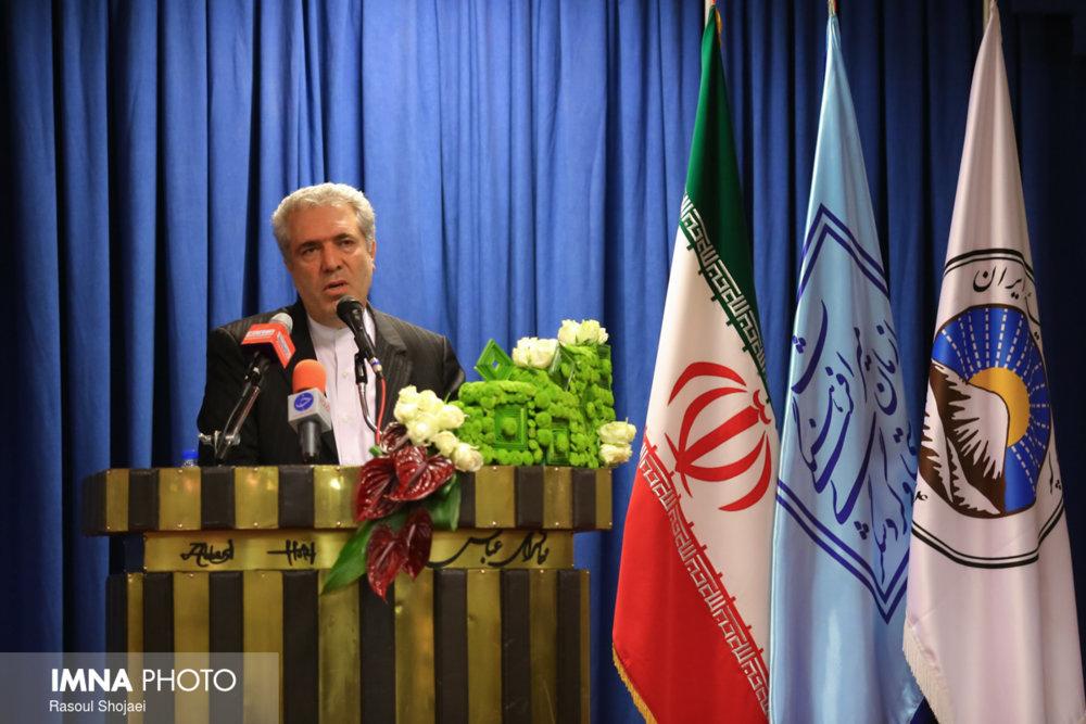 نگاهی بر انتخاب نخستین وزیر میراث فرهنگی و گردشگری ایران