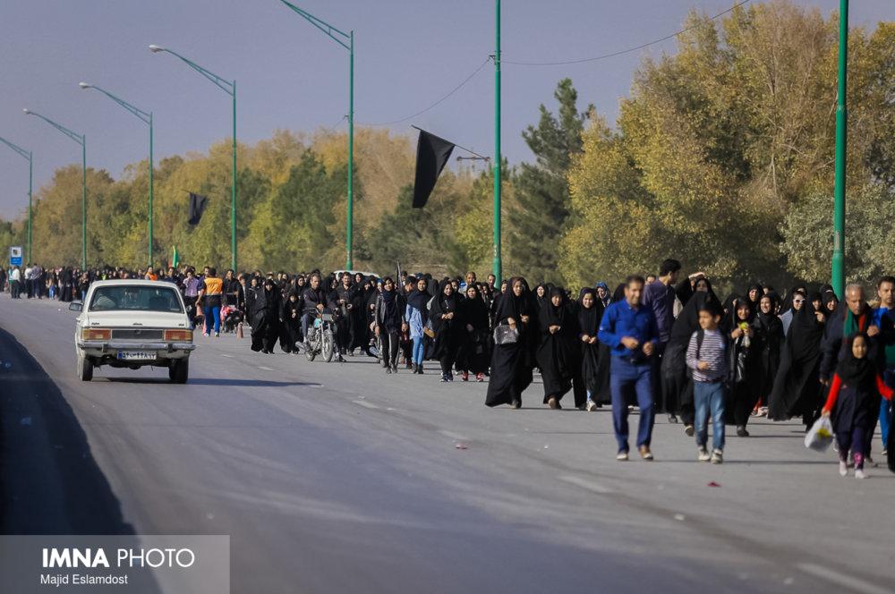 وسایل نقلیه عمومی با پلاک عمومی فقط از مرز چزابه به عراق بروند