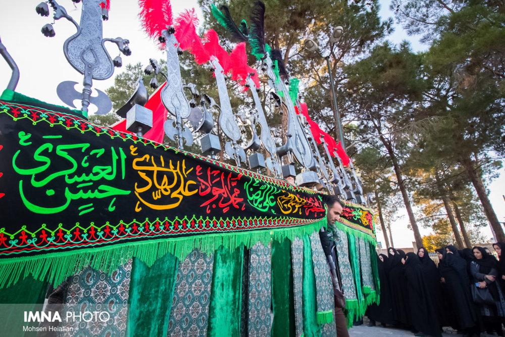 نصب المانهای عاشورایی در شهر کلیشادوسودرجان