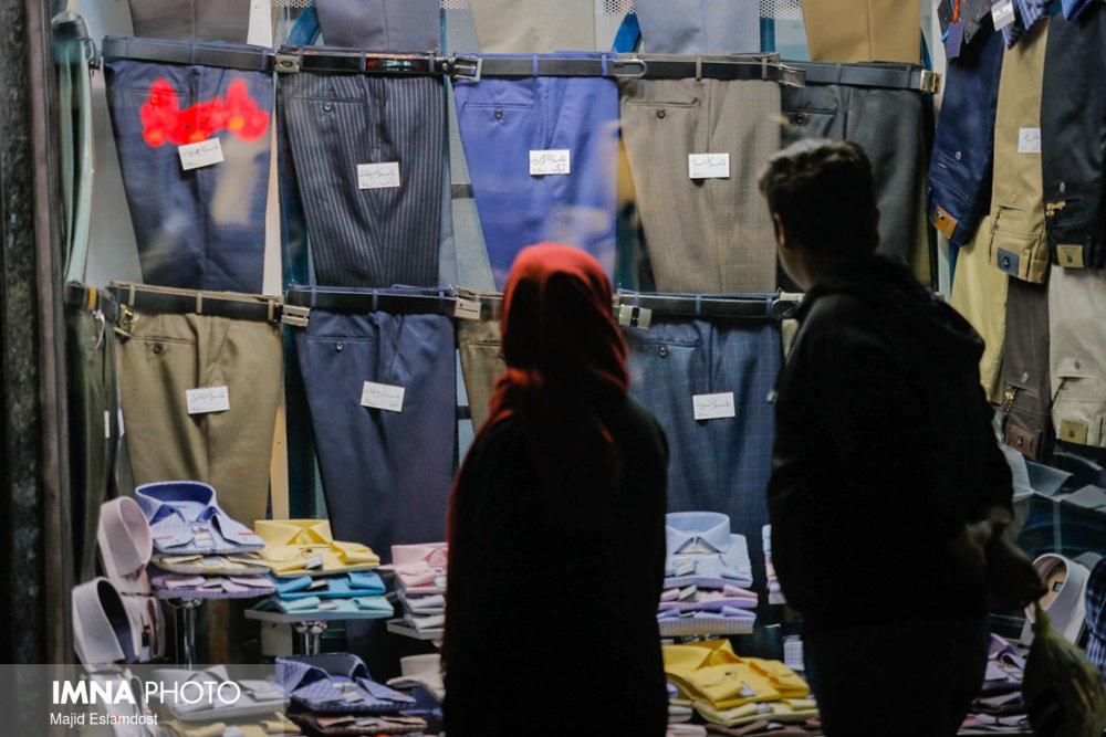 ۳۰ درصد ایرانیان بالای ۱۵ سال پوشاک داخلی می خرند