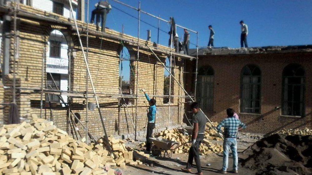 آغاز ساخت ۱۱۰ واحد مسکن برای مددجویان زلزلهزده سیسخت