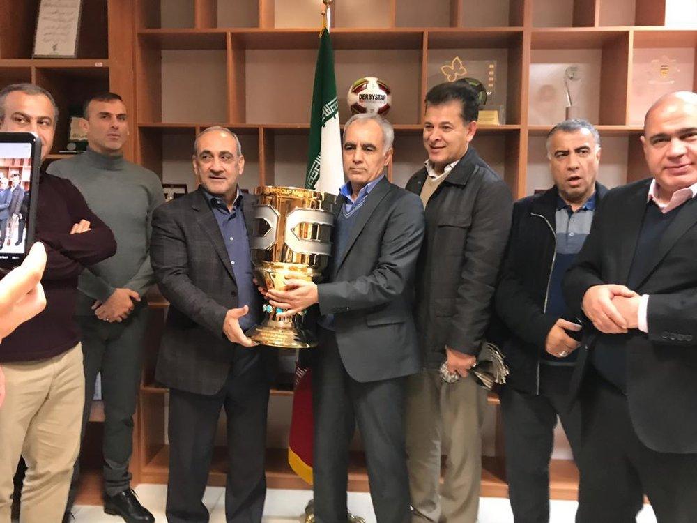 جام قهرمانی سوپرجام بعد از ۱۱۸ روز به دست پرسپولیس رسید