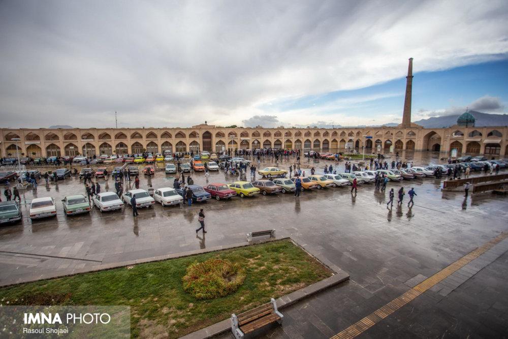 نخستین مناسبسازی محل عبور نابینایان در میدان تاریخی شهر اصفهان