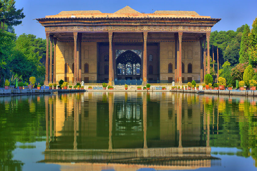 Reflection of splendid Safavid mansion