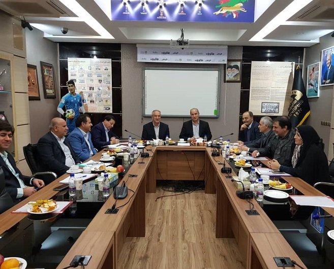 هیئت رییسه فدراسیون فوتبال منتظر نظر وزیر ورزش