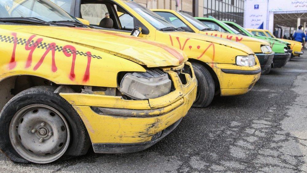 فرسودگی ۵۰ درصد تاکسیهای شهر خرمآباد