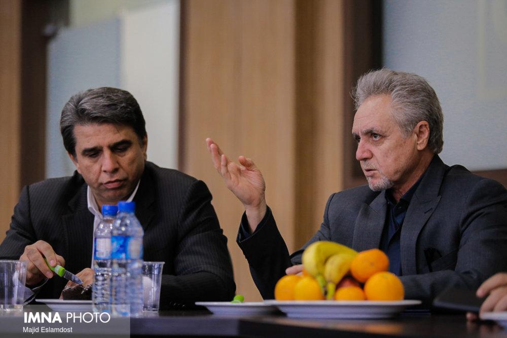 تابش: از ۸ خرداد به بعد می توانیم سر جدایی قلعه نویی با فدراسیون مذاکره کنیم
