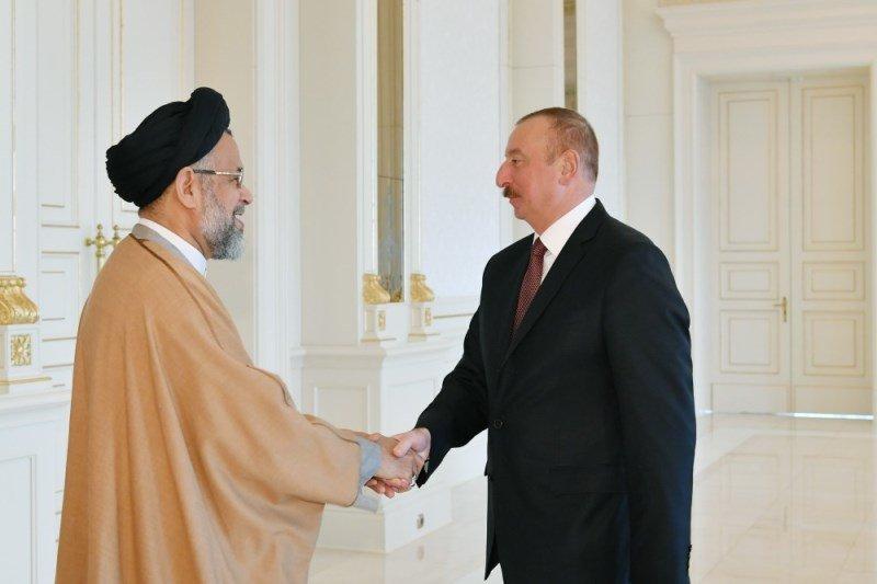 وزیر اطلاعات ایران با رئیس جمهوری آذربایجان دیدار کرد