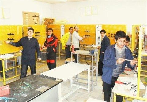 غنیسازی اوقات فراغت نوجوانان اصفهان با ۷۰۰ حرفه مهارتی