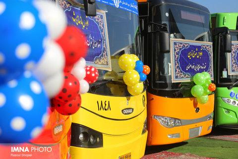 موافقت با بازسازی ۲۲۰ اتوبوس شهری اصفهان