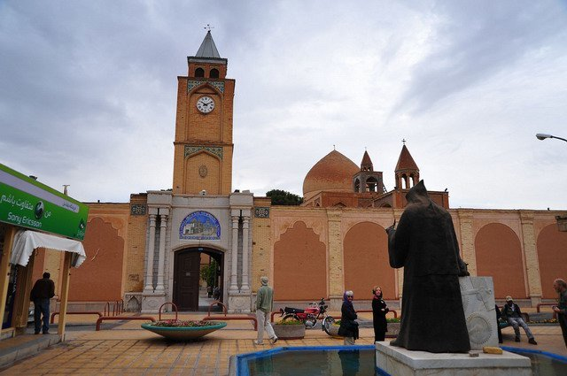 Jolfa preserved its Christian-Islamic architecture