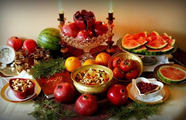 Healthy Yalda night table in Chaharbagh Abbasi Avenue