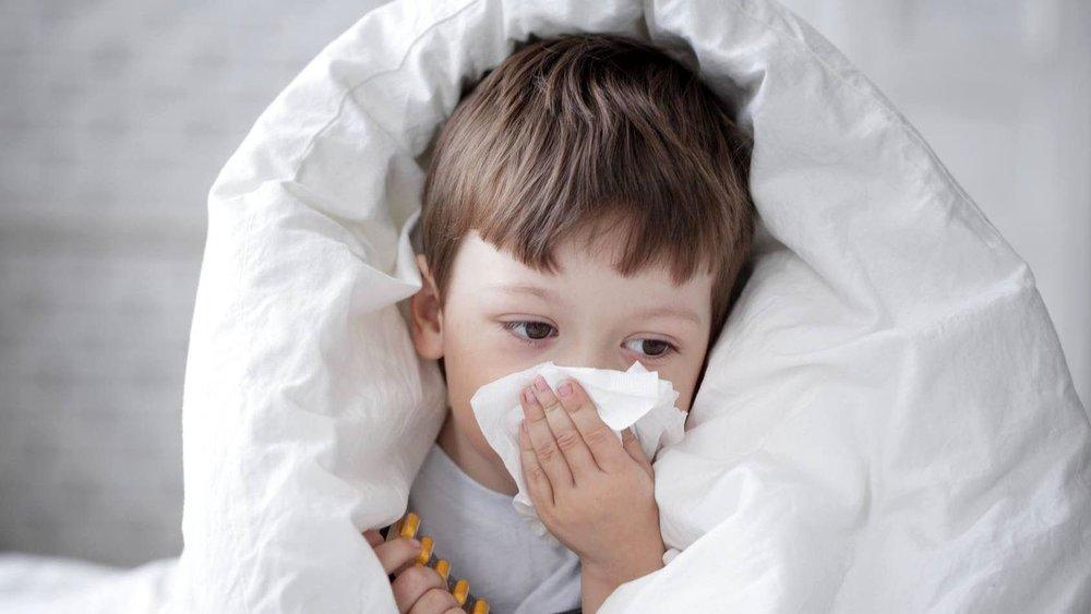 دانش آموزان با علائم سرماخوردگی به مدرسه نروند