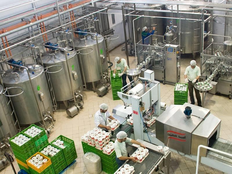 وجود برخی حساسیتها نباید مانع تامین مواد اولیه واحدهای تولیدی شود