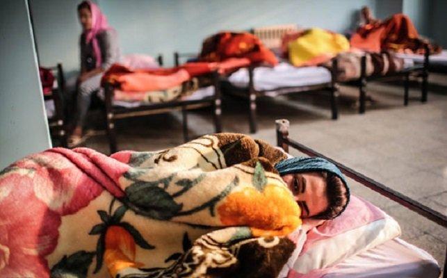 ۷۰ زن کارتنخواب در گرمخانه اصفهان قرنطینه شدند
