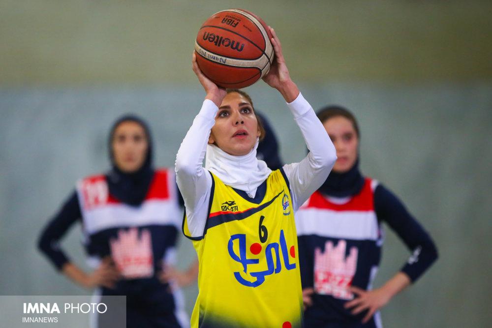 برخوردها در بسکتبال ایران سلیقهای است/ جایگاه سومی غرب آسیا معجزه بود