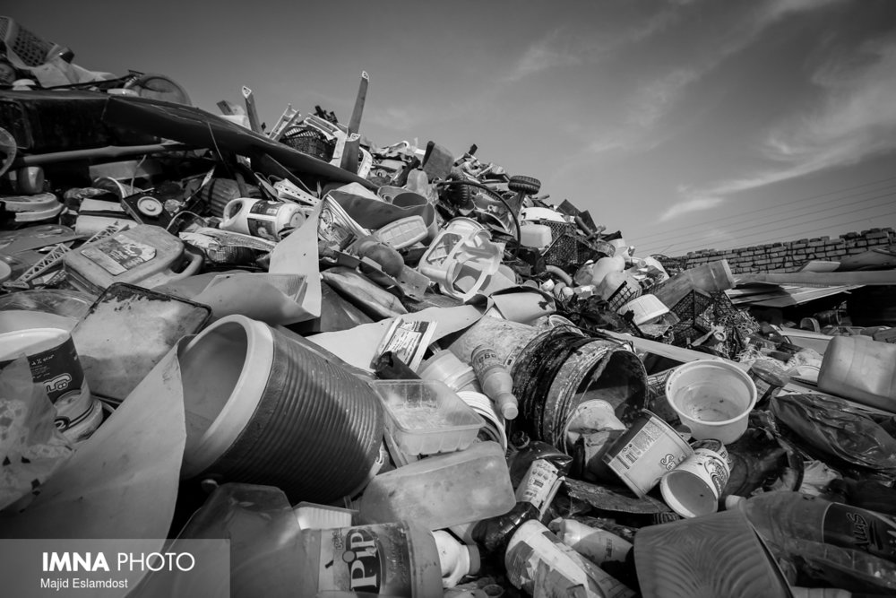 Isfahan to take bridle of landfill leachate