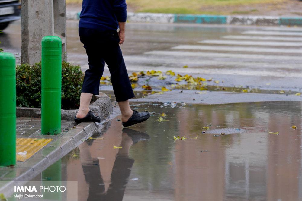 مشکل آبگرفتگی خیابانهای کرج صرفا با لایروبی حل نمیشود
