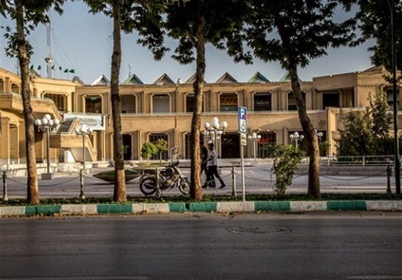 چرا از تجمع مقابل هتل عباسی جلوگیری میشود؟