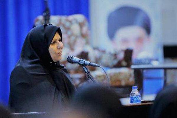 پرستاران، در پرستاری از انقلاب اسلامی نقش بزرگی دارند