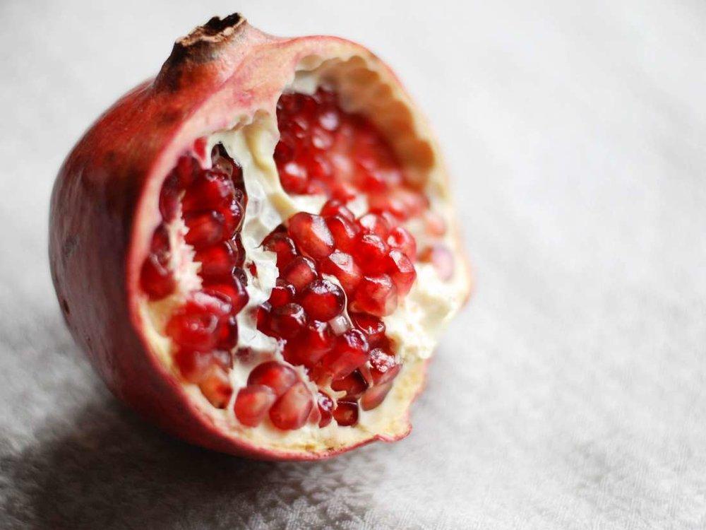 میوهای که سلامت رودهها را تضمین میکند!