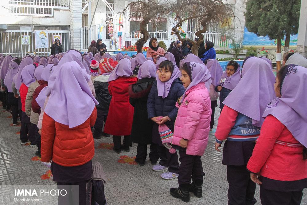 """""""زنگ شهروندی"""" در مدارس کرمانشاه به صدا در آمد"""