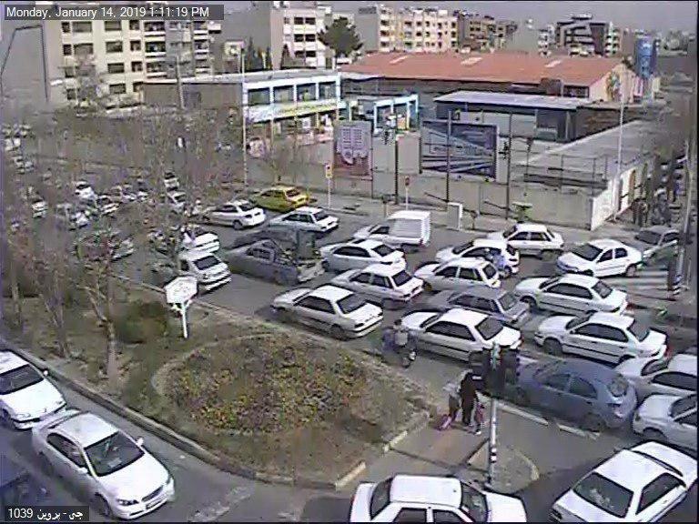 ترافیک در مسیرهای خروجی تهران سنگین است
