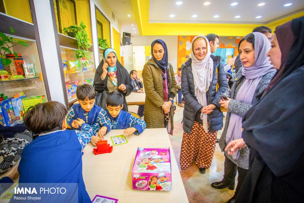 Isfahan; child friendly capital of Iran
