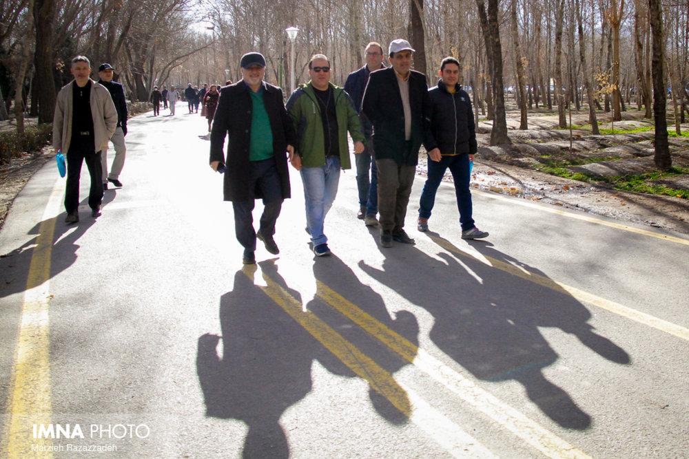 همایش پیاده روی خانوادگی کارکنان شهرداری اصفهان